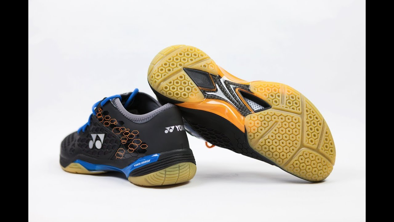 16 Best Badminton Shoes in 2019 Review Ultimate Buyer's Guide