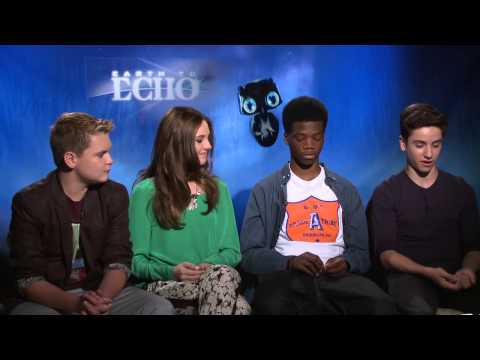 The kids of 'Earth to Echo' on their favorite big screen aliens