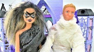Куклы Барби - Хэллоуин. Сладость или гадость?