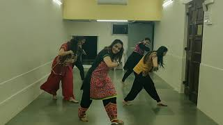 Udi Udi Jaye | Raees | Dance Fitness Choreography | Bollywood Garba |  Zumba Fitness | Shweta Kariya
