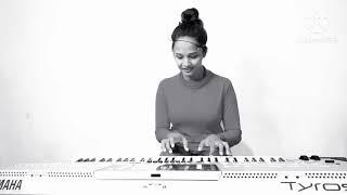 Sundariye Sudu Andumin Woh Chali Sha la la Songs Reggae cover by Rebeccah Shalom