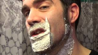 shaving thick beard with new safety razor