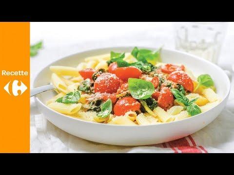 pâtes-aux-épinards-frais-et-sauce-tomate-crémeuse