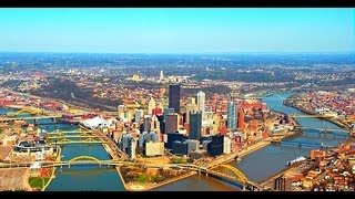 United Airlines Landing In Pittsburgh International Airport 2013