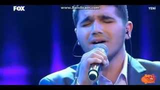 Sesi Çok Güzel Mustafa'nın performansı