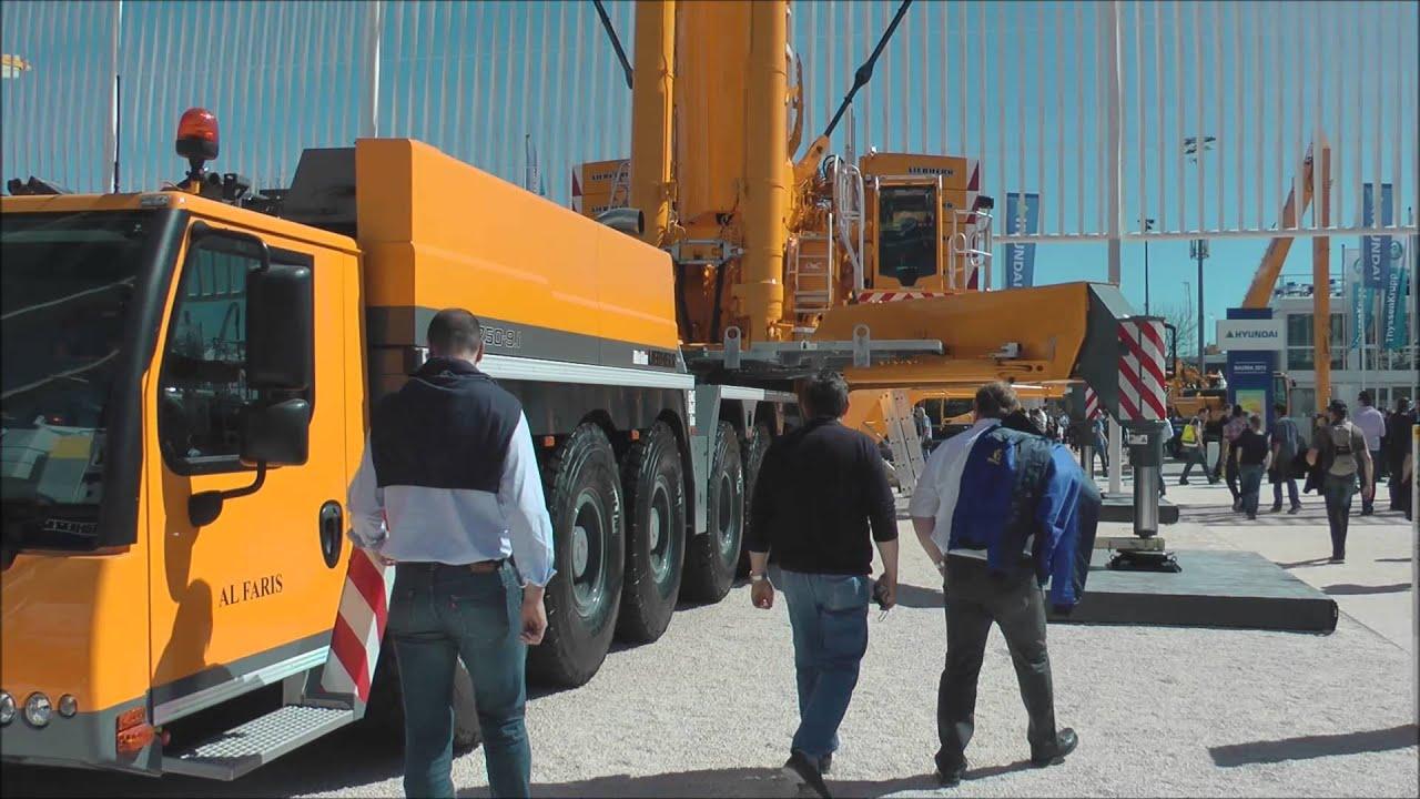 Massive Liebherr 750 ton lift capacity mobile crane - YouTube
