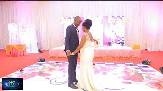 vuclip WEKA MBALI NA WATOTO.ANOTHER VEERY ROMANTIC FIRST DANCE . DEEP FEELING.