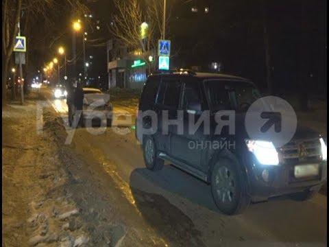 Две версии ДТП представил его участник хабаровским автоинспекторам. Mestoprotv