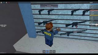 Getting a job as a police officer in  Roblox  :O