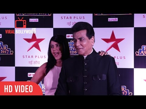 Ekta Kapoor and Jeetendra At Star Parivaar Awards 2017 | Viralbollywood
