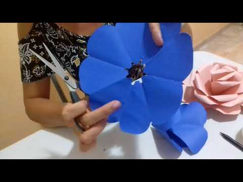 Flor de cartolina fácil e rápida