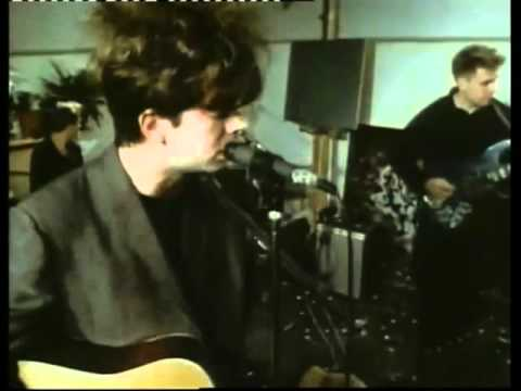 Echo And The Bunnymen The Killing Moon (Clip Video )