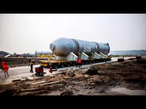 Транспортировка реактора весом 1300 тонн для Ачинского НПЗ