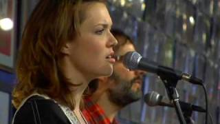 Mandy Moore - I Could Break Your Heart Any Day of the Week (Live at Amoeba)