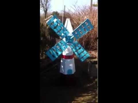 Fabrication d 39 un moulin vent en bois d coration jardin - Fabrication d un bureau en bois ...