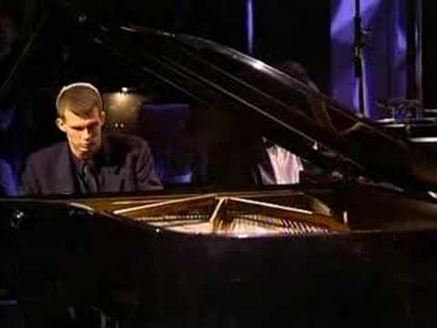 Adam Gyorgy plays Chopin Etude a minor (Op. 25) Live 2003