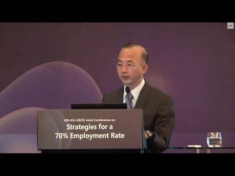 "[KDI] Kyungsoo CHOI ""Korea's Female Labor Market and the Roadmap Strategy"""