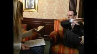 Sabrina Merolla intervista Jim Kerr, leader dei Simple Minds.avi