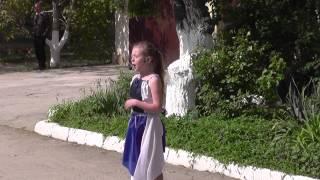 Голос.Поёт Лиза Гордеева-Ах, эти тучи в голубом.