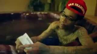 How to Roll a Perfect Joint (Starring Wiz Khalifa) #420 Blaze It
