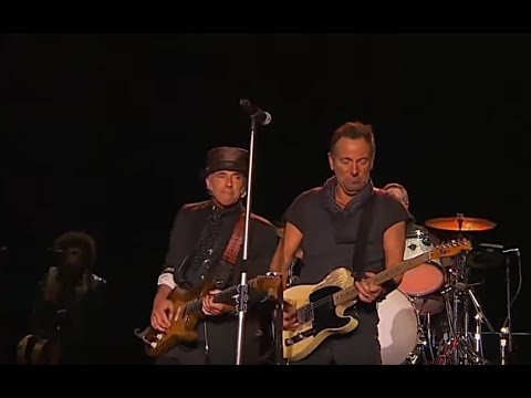 Bruce Springsteen & The ESB ☜❤☞ Born In The U.S.A / Downbound Train / No Surrender (River Tour 2016)