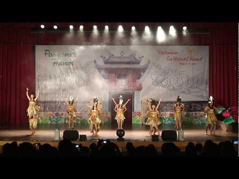 VSA-NCKU 2010 - Dòng máu Lạc Hồng