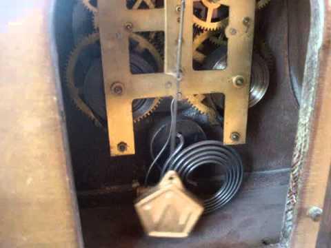 VINTAGE WATERBURY MANTEL CLOCK