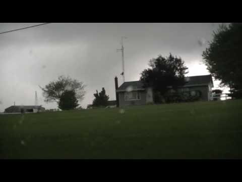 Kirksville, Missouri Tornado - May 13 2009 - www.storminskies.com (HD)