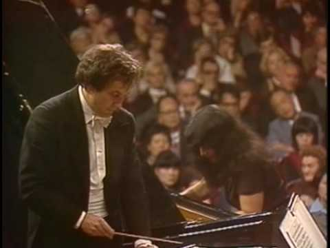 (Argerich)Tchaikovsky Piano Concerto No.1 Mvt III