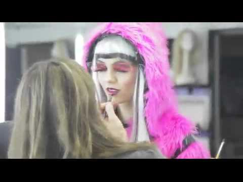 Victorious - Tori's Total Transformation (Tori Goes Platinum)