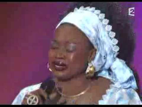 Alicia Keys Feat. Oumou Sangaré - Fallin'