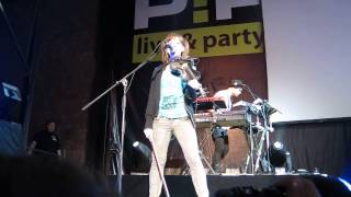Lindsey Stirling - Stars Align (for VIP's) (P!PL Club, Moscow, 22.05.13)