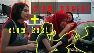 Download Video Di Suruh Cium Pantat dan Kaki Temen?!!! - #VLOG 2 MP3 3GP MP4