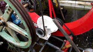 gerando energia com roda da agua