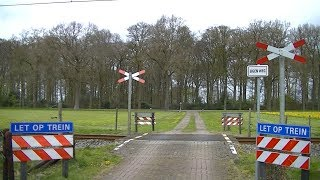 Spoorwegovergang Dalfsen // Dutch railroad crossing