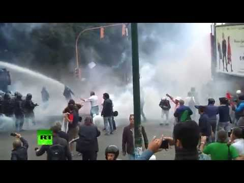 Police clash with anti-ECB protesters in Italy