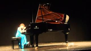 Chloe Chai performs Medley: Summer Song and Pink Lady by Pamela Wedgwood