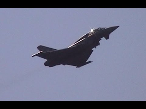 RAF Typhoon T1 fast jet aerobatic display – Archive 2008