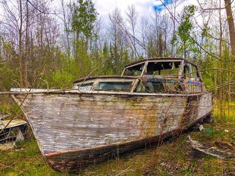 Creepy Abandoned Boat Graveyard In Ontario, Canada. Explore #8