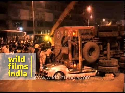 Speeding trailer turns turtle, crushes 28-year-old BPO executive - Mumbai