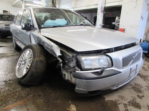 I crashed my Volvo S80 - Car Accident 2017 - YouTube
