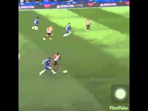 Eden Hazard (Chelsea) vs Morgan Scheinderlin (Man Utd)