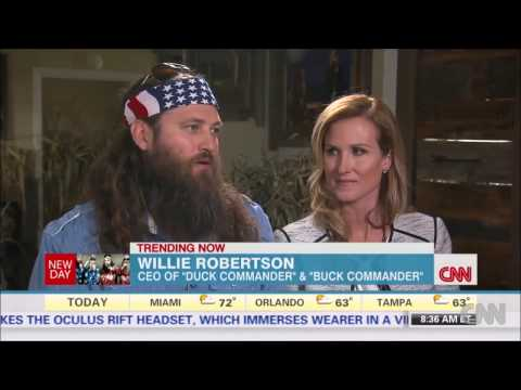 Willie Robertson Defends Father Phil's 'Anti-Gay' Comments