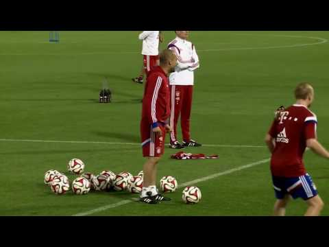 Pep Guardiola. El clásico Rondo 4x4+3 Pivotes utilizado por Pep Guardiola en el Bayern Munich