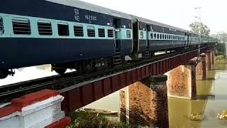 15071 Mau Lucknow Jn biweekly Express - 15071 मऊ लखनऊ जंक्शन द्विसाप्ताहिक एक्सप्रेस