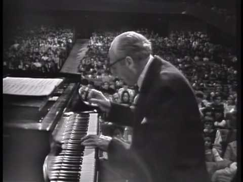 Copland Plays Copland Piano Concerto
