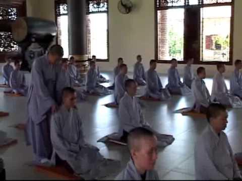 Thiền Viện Trúc Lâm Trí Đức - Tập 1