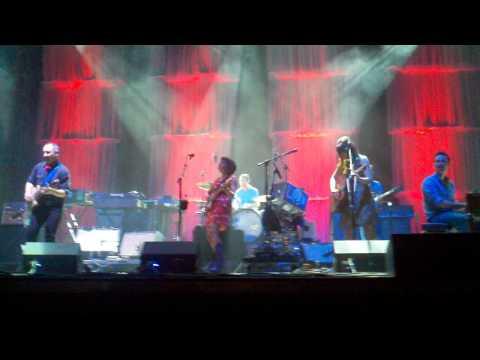 Norah Jones - Lonestar (live from Austin City Limits)