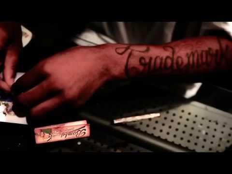 Trademark Da Skydiver - Oxygen [Music Video] Prod. By RMG (Roamer Muzik Group)