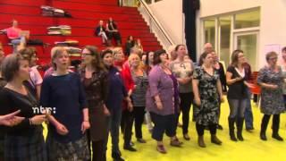 Leve de Volksopera! Ondiep maakt een opera (afl. 2) 31 mei 21:20 Ned2